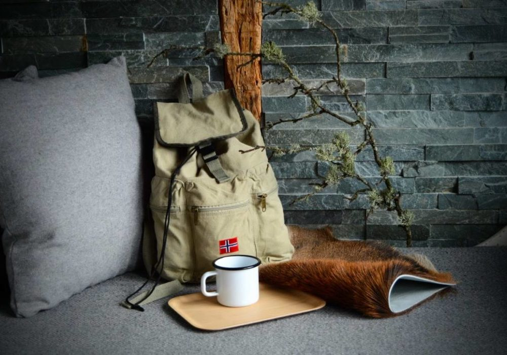 Litt Norge pakke 1 hjorteskinn olasekk kopp og brett
